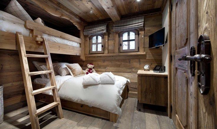 baita e chalet in legno in legno marche italia